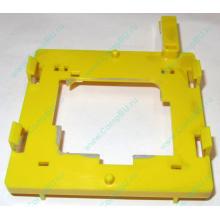 Жёлтый держатель-фиксатор HP 279681-001 для крепления CPU socket 604 к радиатору (Авиамоторная)